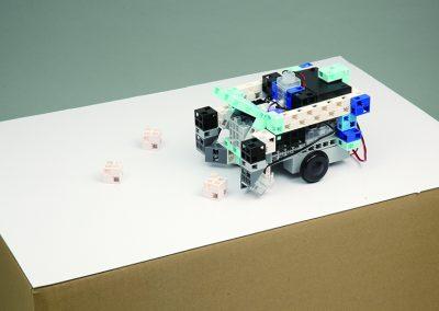 12.お掃除ロボの開発